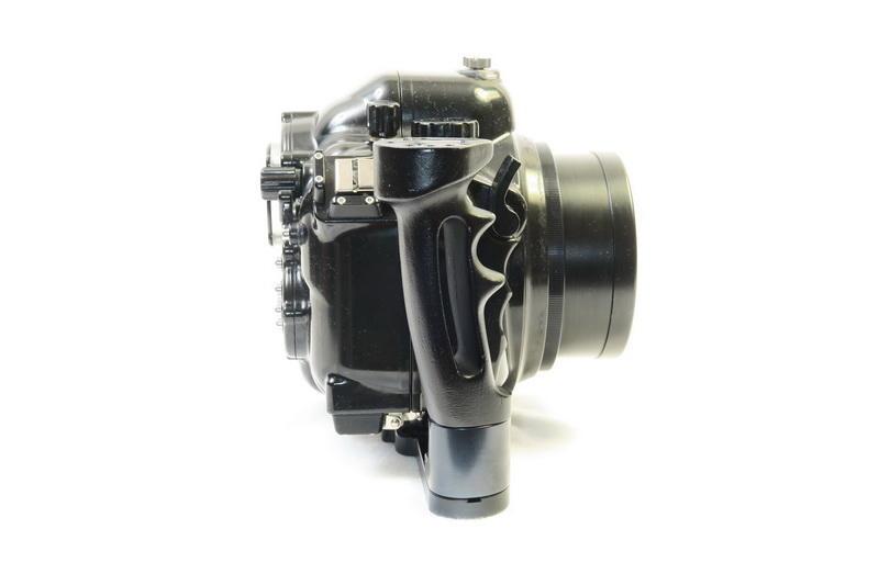 UnterwasserKamera at - CANON EOS 400D mit ZILLION Gehäuse